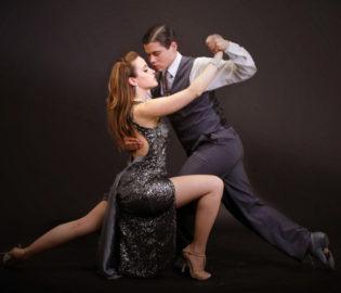 Contratar Compañia Tango Desire (011-4740-4843) O Al (011-2055-4218) Contrataciones Christian Manzanelli